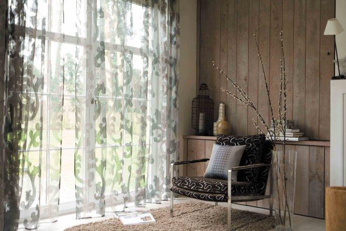 田园风格布艺窗帘搭配技巧_布艺窗帘如何保养清洗