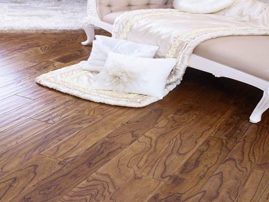 八招教你如何鉴别真正的柚木地板