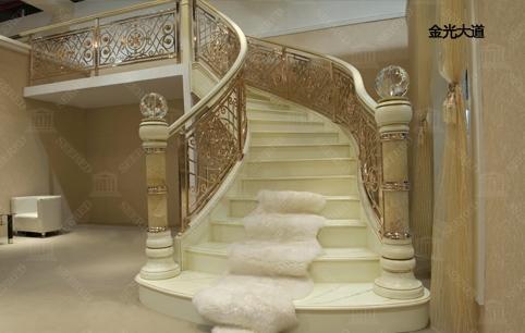 希尔登楼梯加盟费用多少_希尔登楼梯加盟利润如何